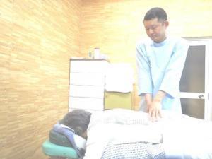 腰痛などの整体の施術